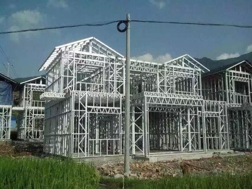 轻钢别墅每平米价格高吗?轻型钢结构别墅造价是多少?